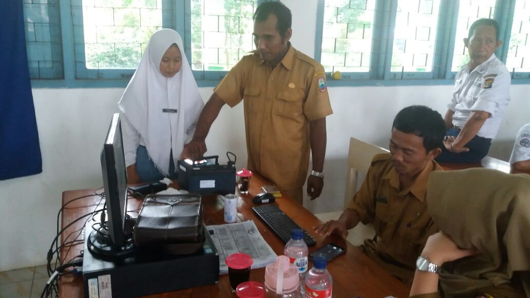 Photo of SMAN 1 Sidomulyo Kabupaten Lampung Selatan Melaksanakan Perekaman E-KTP