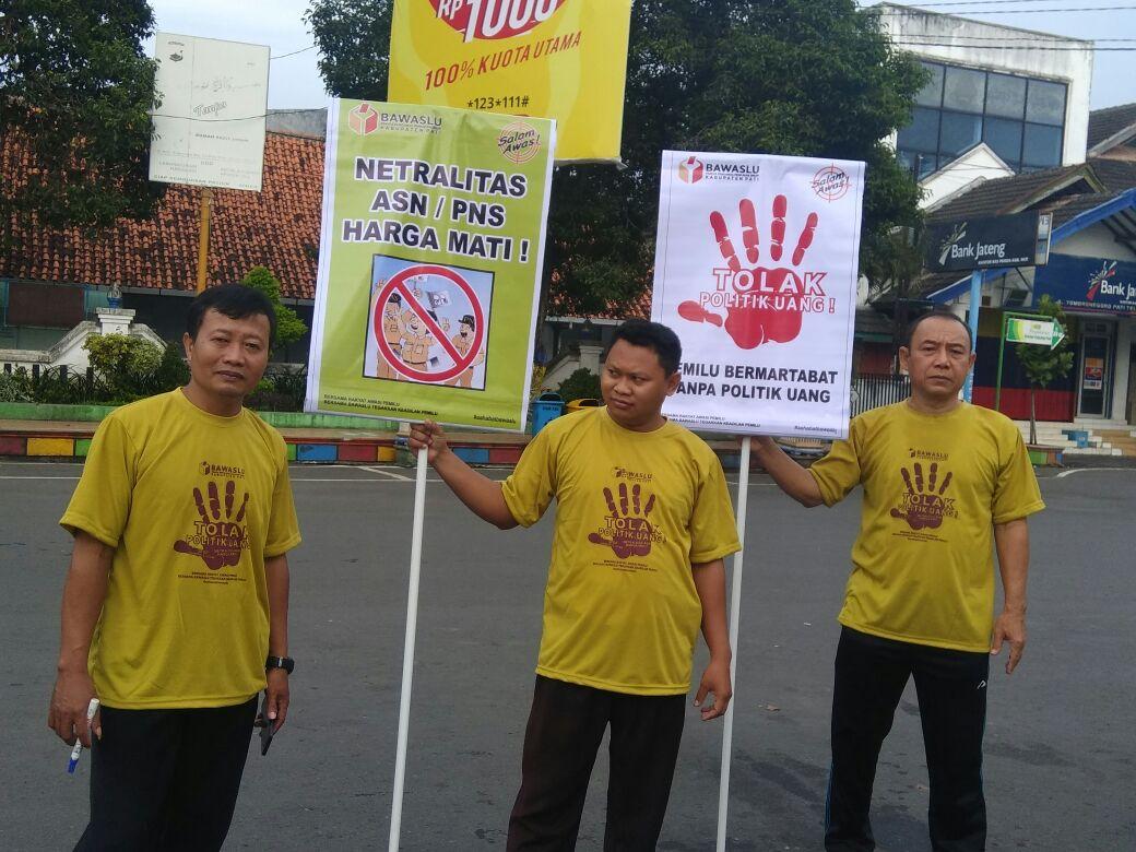 Panwaskab Pati Galang Dukungan Tanda Tangan Tolak Politik ...