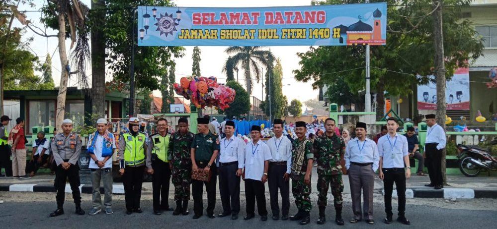 Photo of Polres Blora Amankan Sholat Idul Fitri 1440 H, Di Bantu Badan Musyawarah Gereja