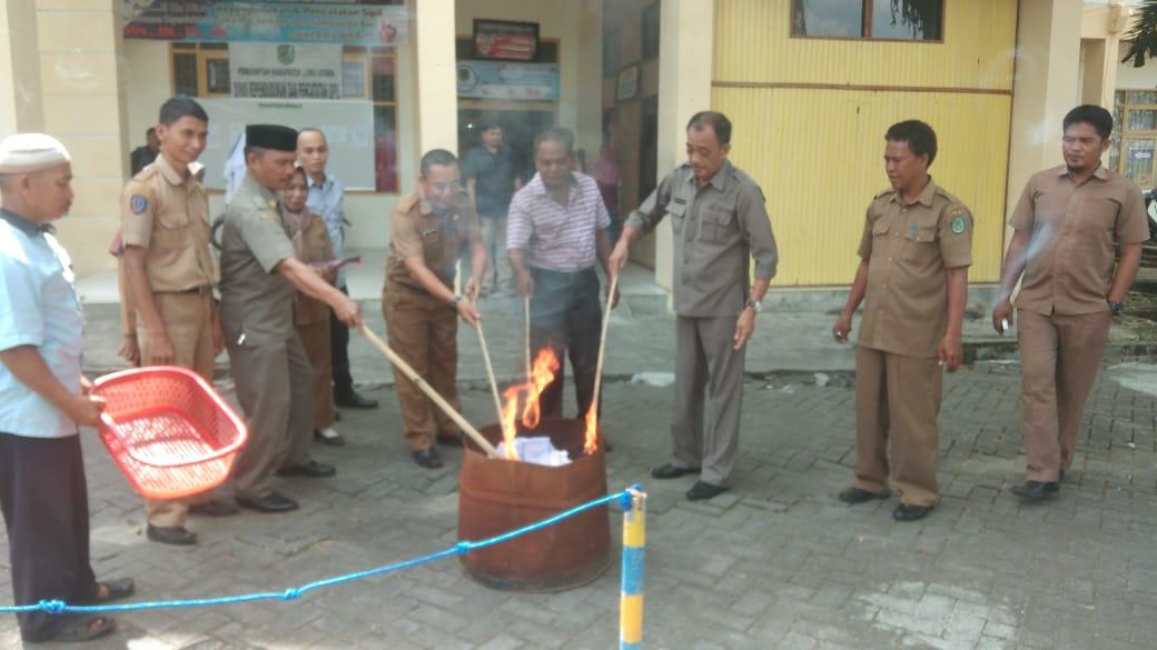 Photo of Dukcapil Bakar 770 e-KTP