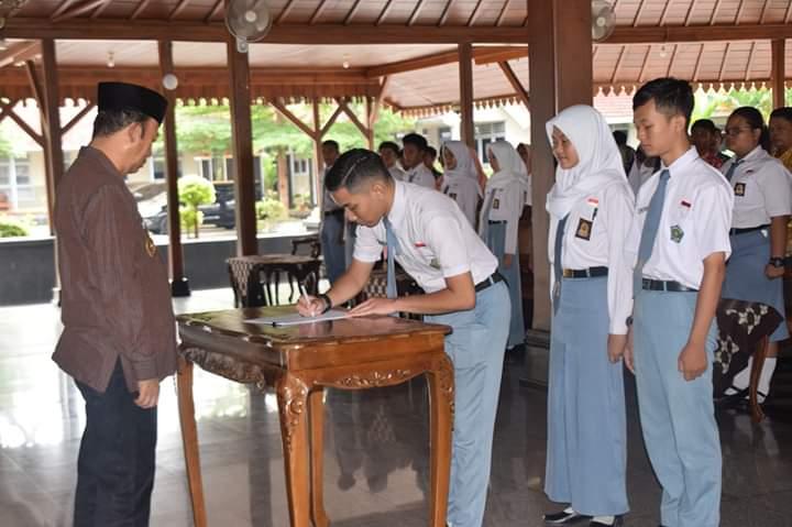 Bupati Lantik Forum Anak Kabupaten Banyumas