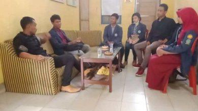 Photo of Kades Karangsari Menerima Mahasiswa KKN Dari Politeknik