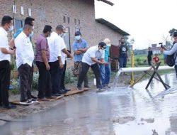 Nanang Cek Langsung Sumber Air Panas di Jatiagung