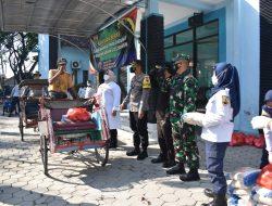 Kodim dan Pemkab Sragen Bagikan 8000 Paket Sembako
