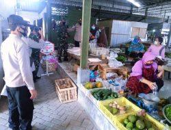 Petugas Ingatkan Pedagang Pasar Tradisional