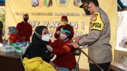 Serbuan Vaksinasi di Ubhara Ditinjau Kapolda Jatim